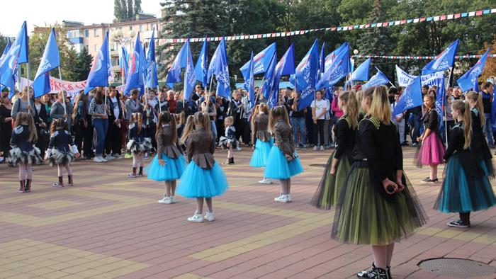 Глава Адыгеи поздравил сторонников «Единой России» спобедой партии навыборах
